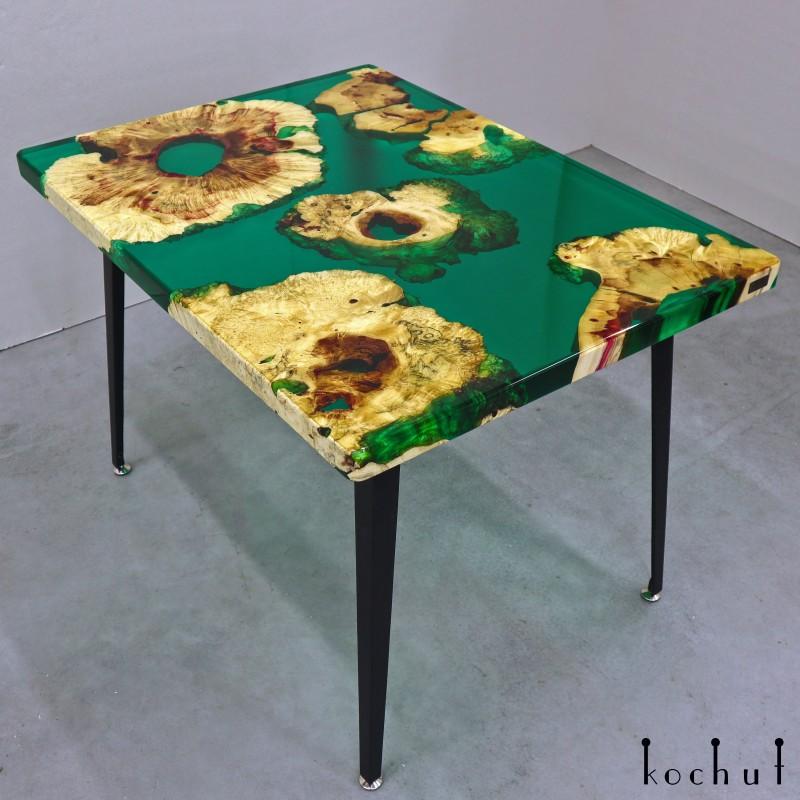 Обеденный стол «Мальта». Клен, эпоксидная смола, полиуретан