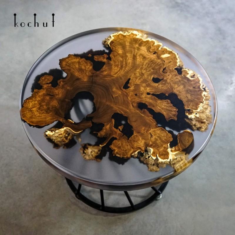 Кофейный стол «Итака». Дикая маслина, эпоксидная смола, полиуретан