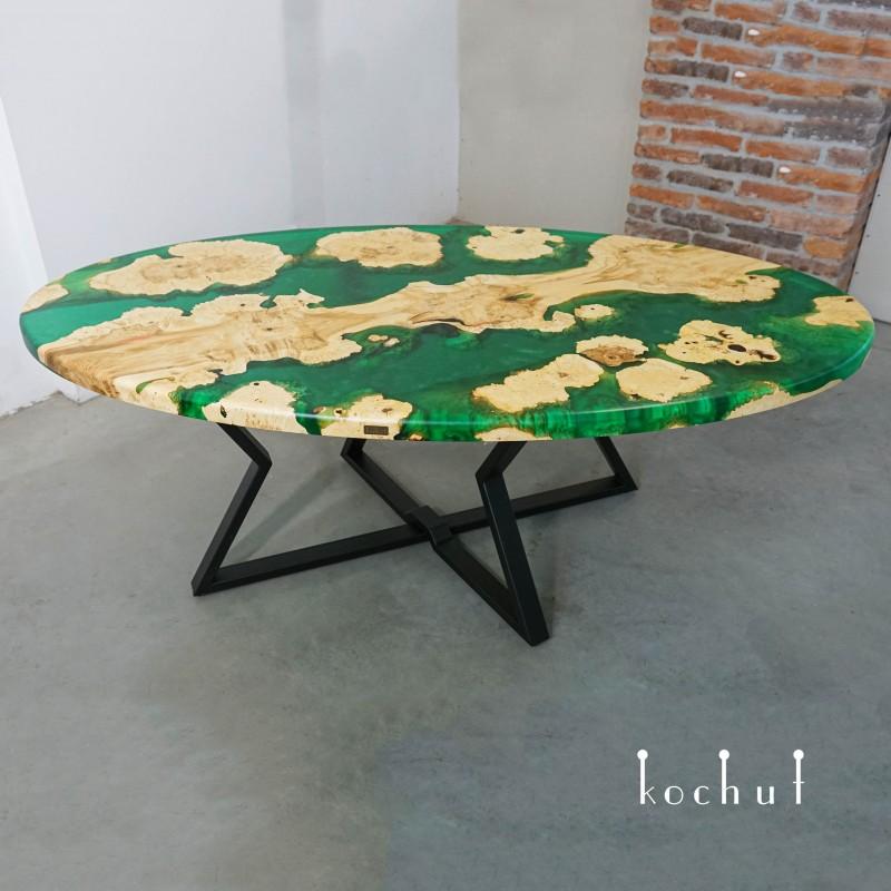 Обеденный стол «Занзибар». Калифорнийский клен, эпоксидная смола, полиуретан