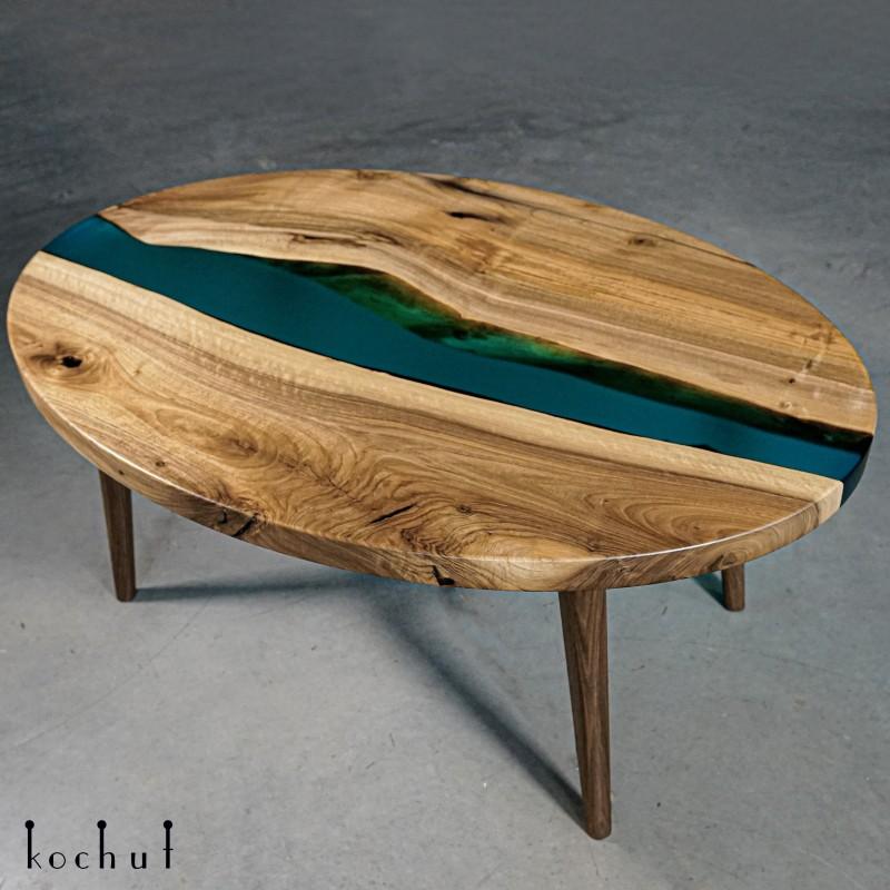 Журнальный стол «На одной волне». Орех, эпоксидная смола, поліуретановий лак