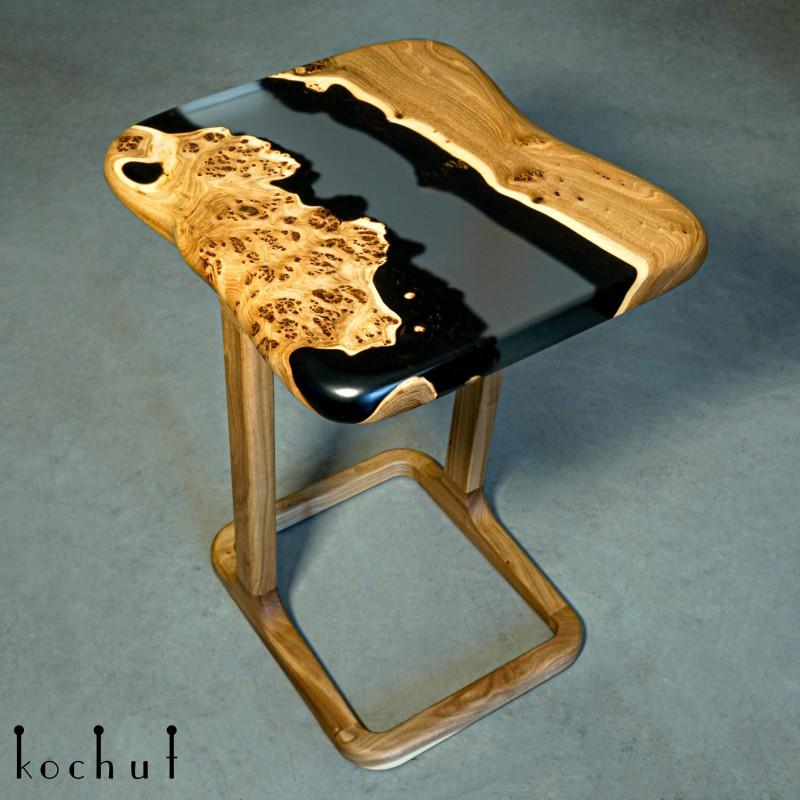 Придиванний столик «Кансо». В'яз, епоксидна смола, поліуретан