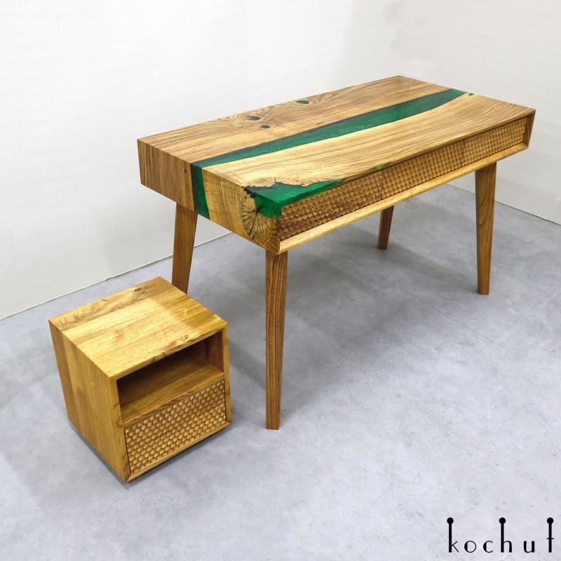Робочий стіл «Дріада». Дуб, епоксидна смола, поліуретан