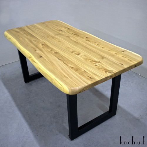 Dining table «Kanji». Elm, polyurethane