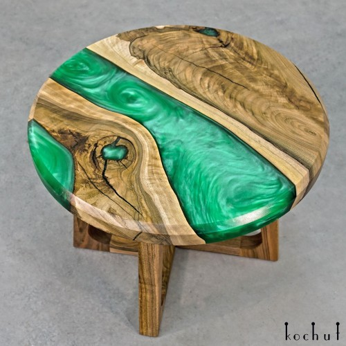 Сoffee table «Emerald». European walnut, epoxy resin, oil-wax