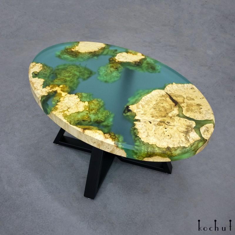 Журнальный стол «Санторини». Клён, эпоксидная смола, полиуретан