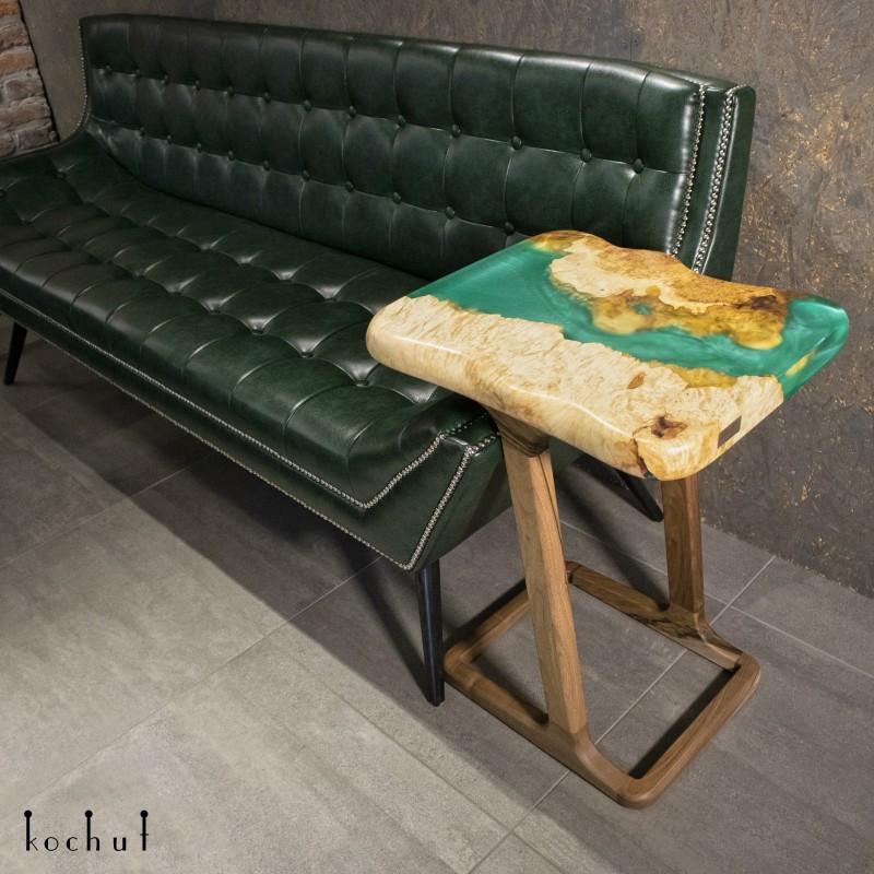 Придиванний стіл «Гвінея». Клен, епоксидна смола, масло-віск