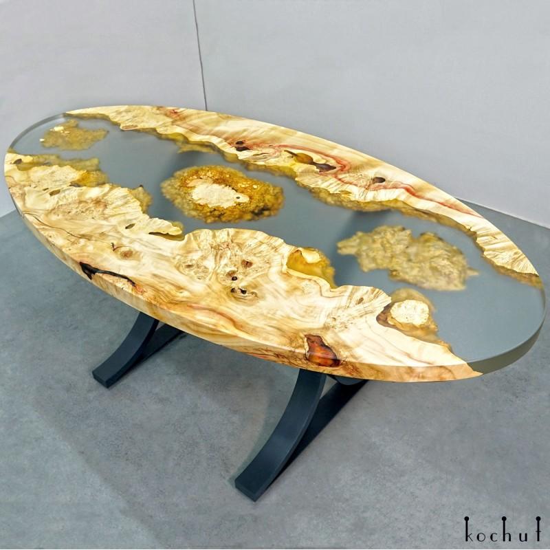 Обеденный стол «Намибия». Клён, эпоксидная смола, полиуретан