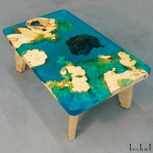 Side table «Aquamarine». Maple, epoxy resin, polyurethane