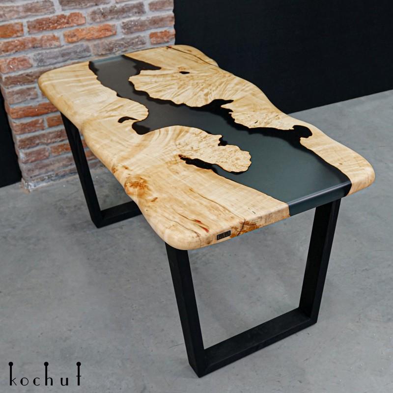 Dining table «Bristol». Maple, epoxy resin, polyurethane