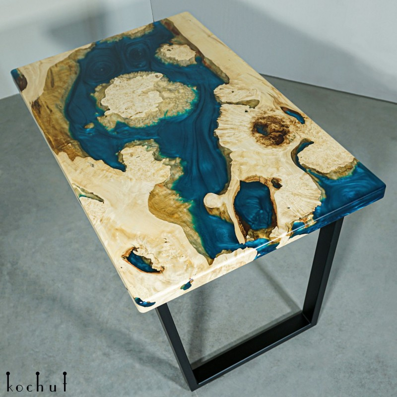 Dining table «Blue velvet». Maple, epoxy resin, polyurethane