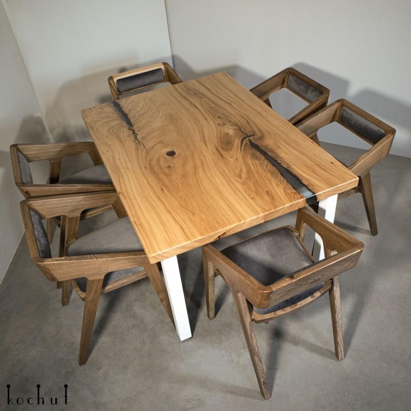 Dining table «Family comfort». Elm, epoxy resin, polyurethane