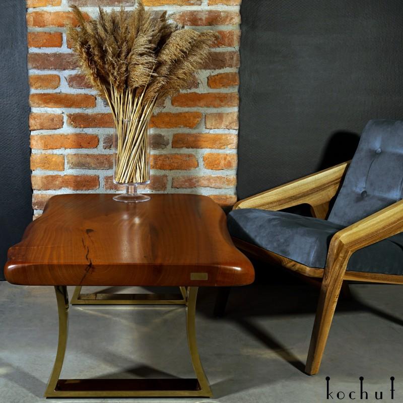Side table «Sunrise». Mahogany, polyurethane