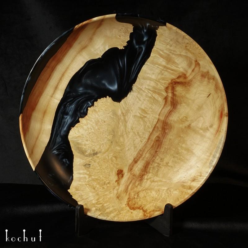 Bowl «Satori» (Onyx). Elm, epoxy resin, oil-wax