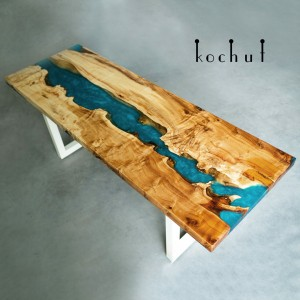 Dinner table «Colorado». White maple, turquoise and transparent epoxy, steel legs