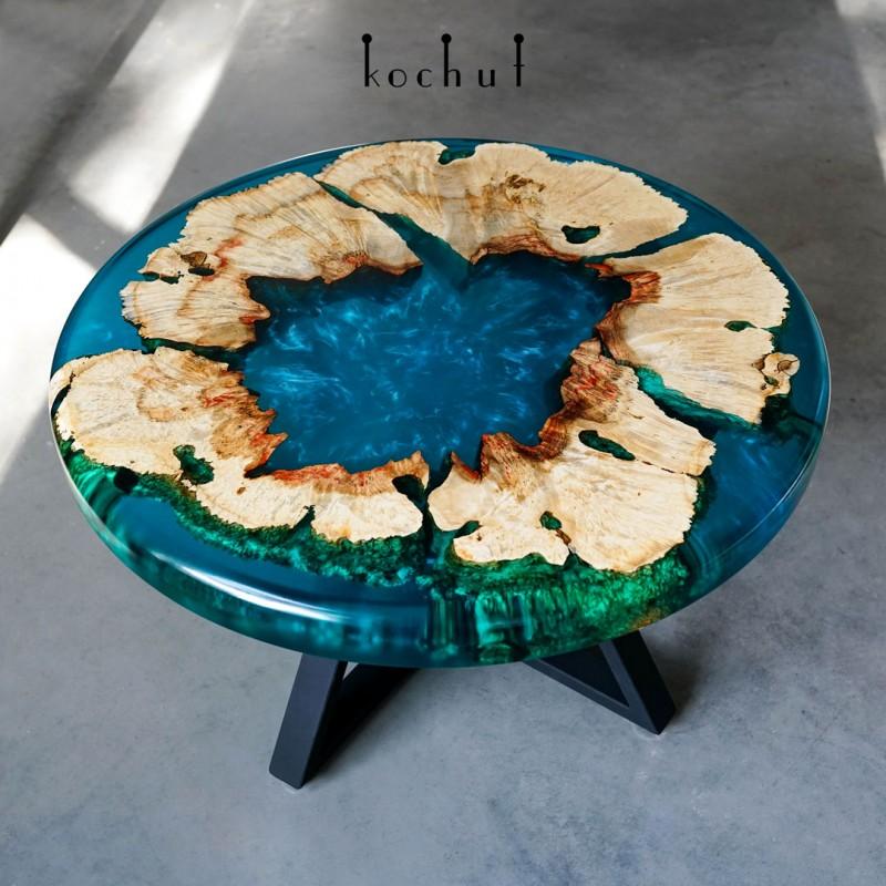 Кофейный стол «Голубая лагуна». Калифорнийский клен, эпоксидная смола, полиуретан