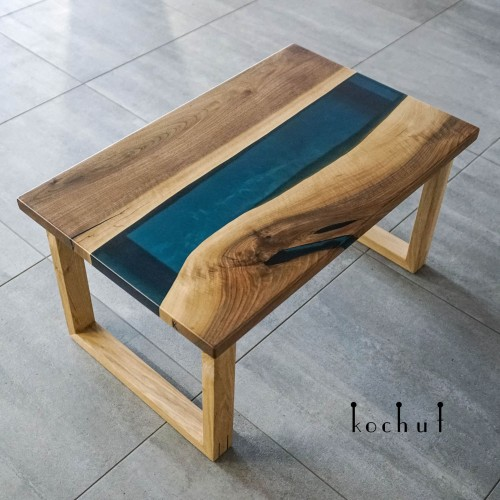Side table «Arctic». European walnut, oak, epoxy, polyurethane varnish