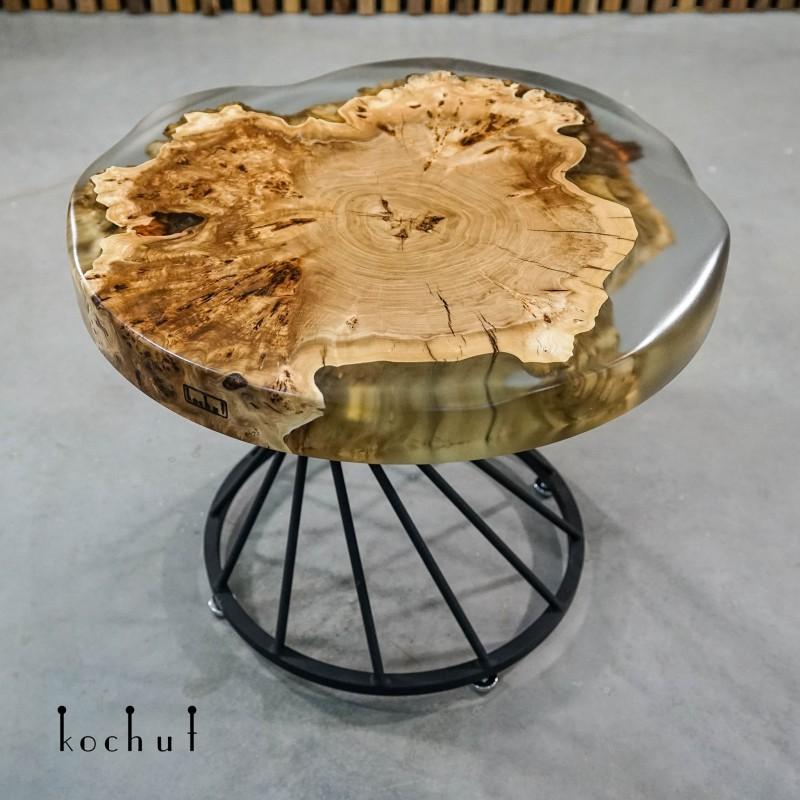 Кофейный стол «Мыс Пигмалион». Вяз, эпоксидная смола, полиуретан