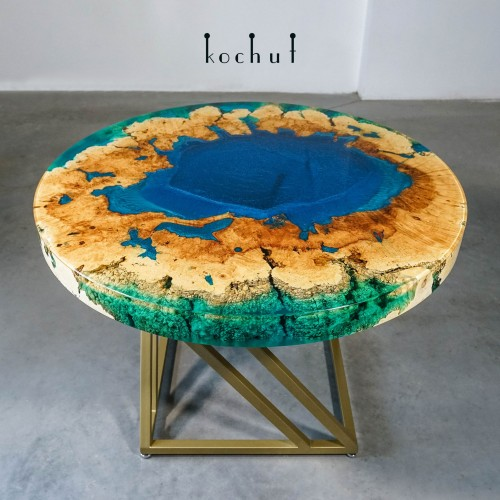 Dining table «Mariana Trench». American maple, epoxy