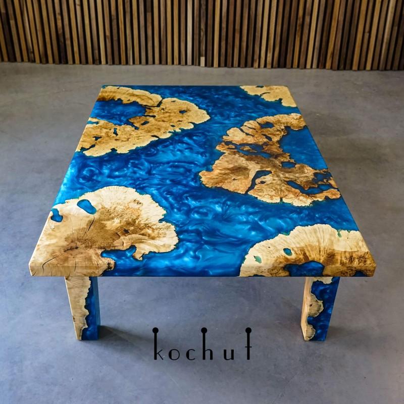 Журнальный стол «Коралловый архипелаг». Клен, эпоксидная смола, полиуретан