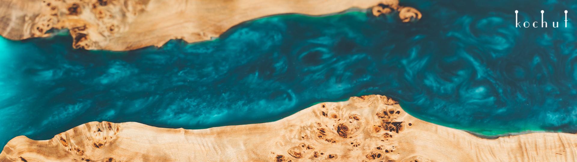Стіл-ріка з епоксидною смолою — витвір мистецтва XXI століття